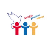 Der BSZ® e.V.  Autoaufkleber für Weltoffenheit, Gewaltfreiheit und Toleranz ist eine greifbarere Erklärung als ein Facebook- oder Twitter- Post.